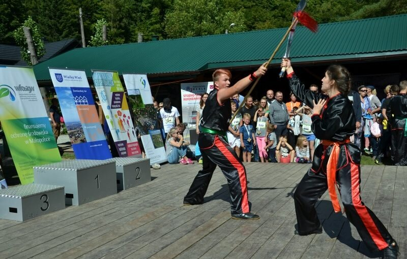 DSC 3597 800x510 - Pokaz kungfu w trakcie Ekobiegu Po Dolinie